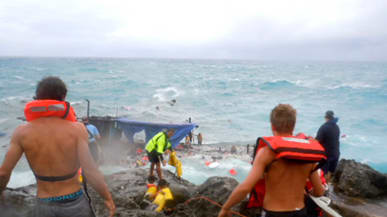 Christmas In Australia Background.Asylum Seekers Boat Disaster Australia Immigration Challenges