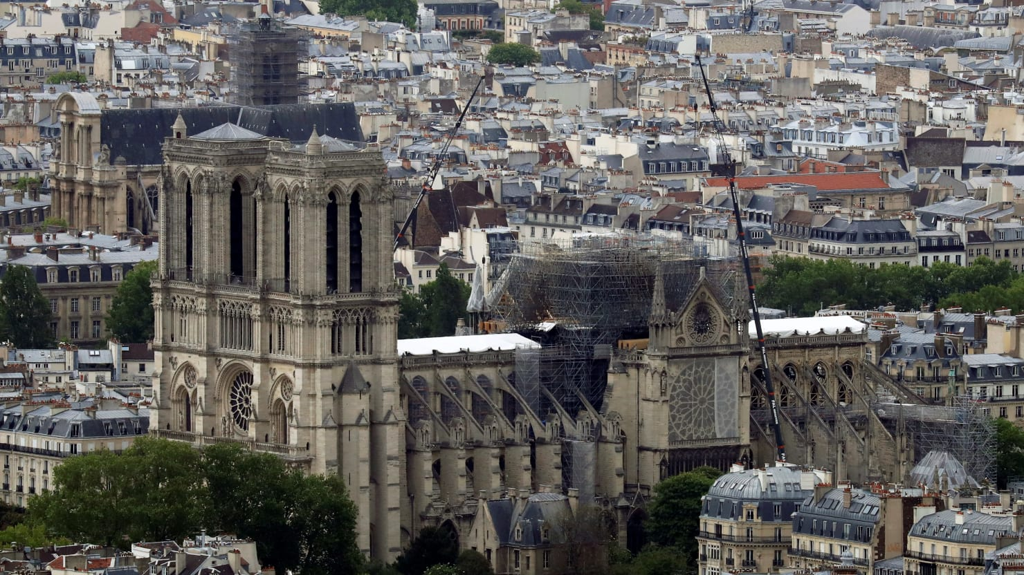 Worshipers Will Wear Hardhats at First Mass After Notre Dame Fire
