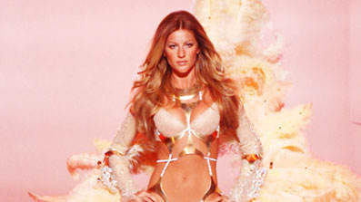 """4db865ee2 Kevin Mazur   WireImage. The announcement that Gisele Bündchen would be the  new """"propaganda girl"""" for the Brazilian lingerie ..."""