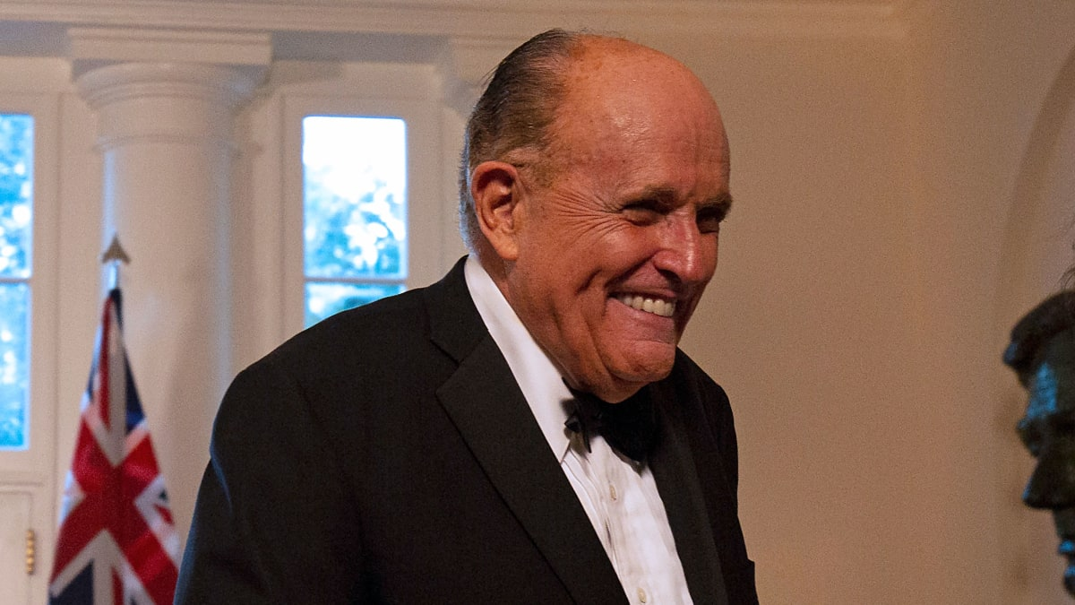 Charles Gucciardo: Pro-Trump Lawyer Made $500,000 Payment to Rudy Giuliani on Lev Parnas' Behalf: NYT