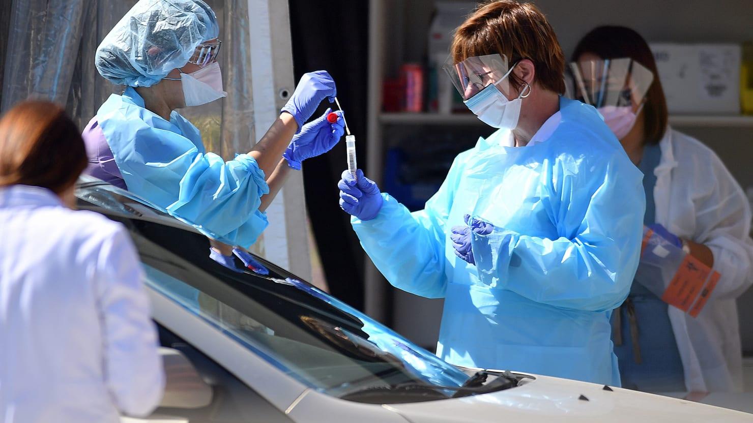 U.S. Coronavirus Death Toll Passes 100,000 as States...