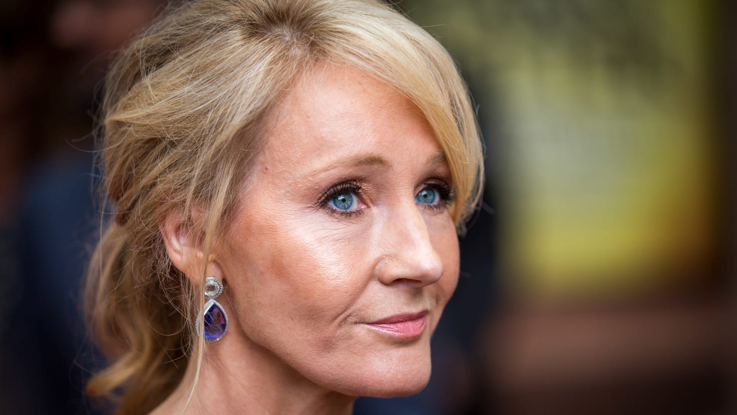 JK Rowling Doubles Down On Her Transphobia - cover