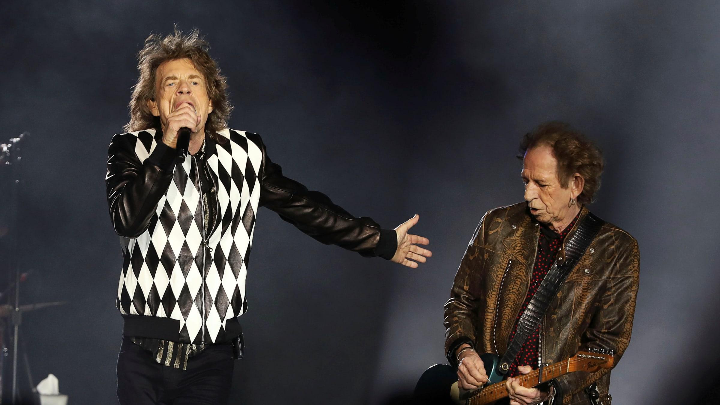 "Mick Jagger Triumphant As Rolling Stones Kick Off ""No Filter"