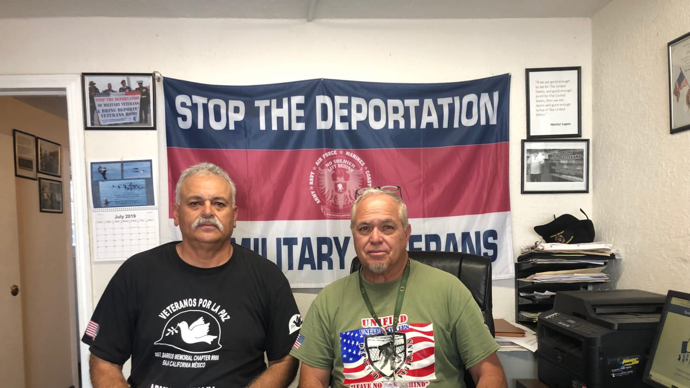 Deported vets help migrants