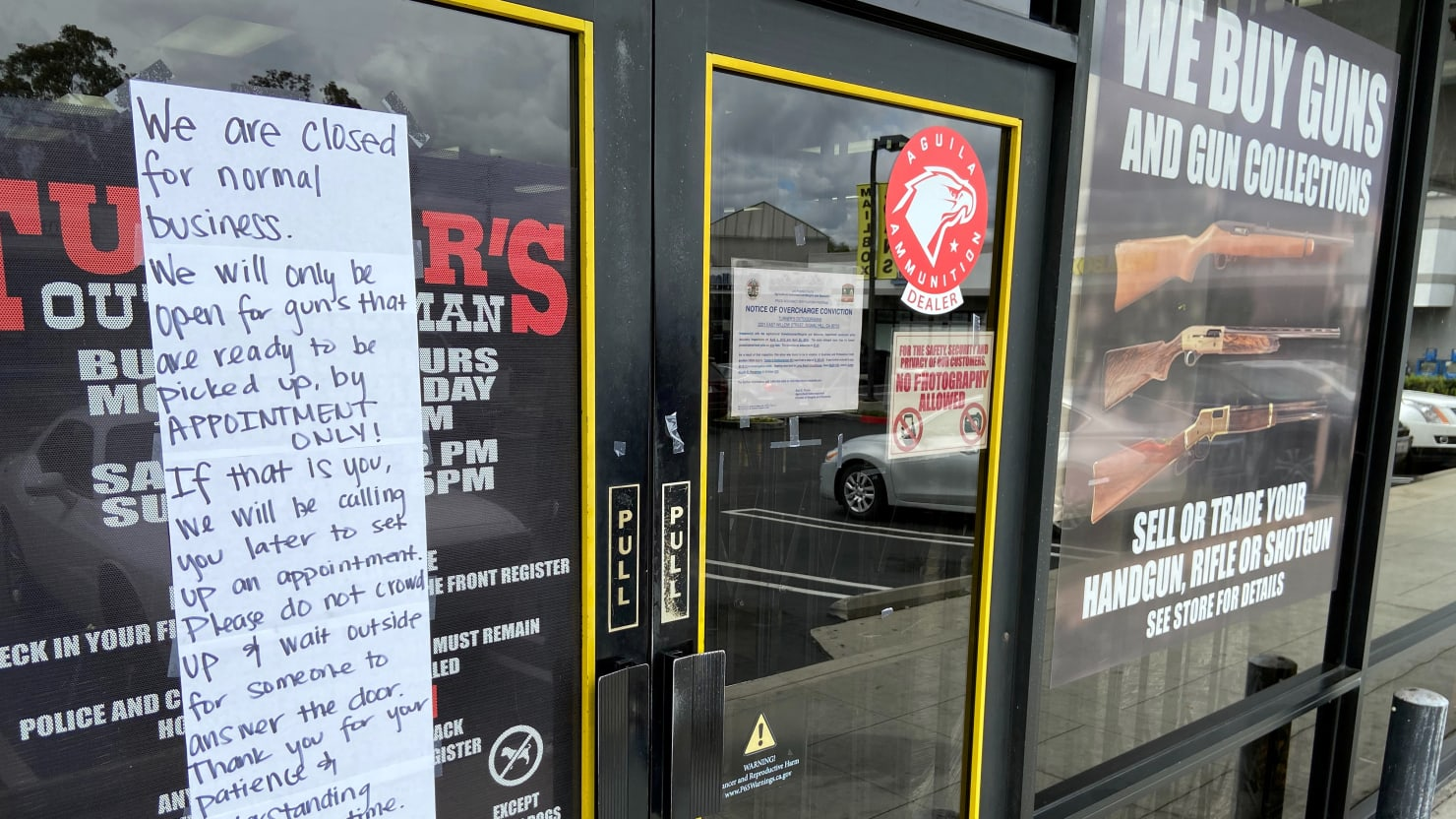 Los Angeles Gives Up on Trying to Close Gun Shops During Coronavirus Pandemic