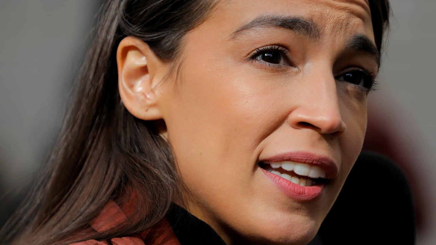 Alexandria Ocasio-Cortez Demands Independent Investigation Into Cuomo Sexual Misconduct Claims