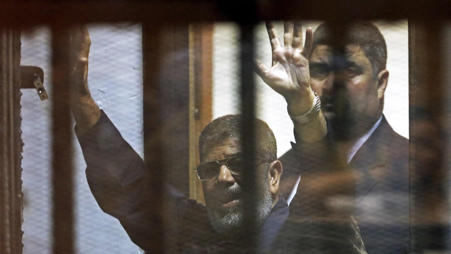 Egypt's Former President Mohamed Morsi Dies After Appearing in Court