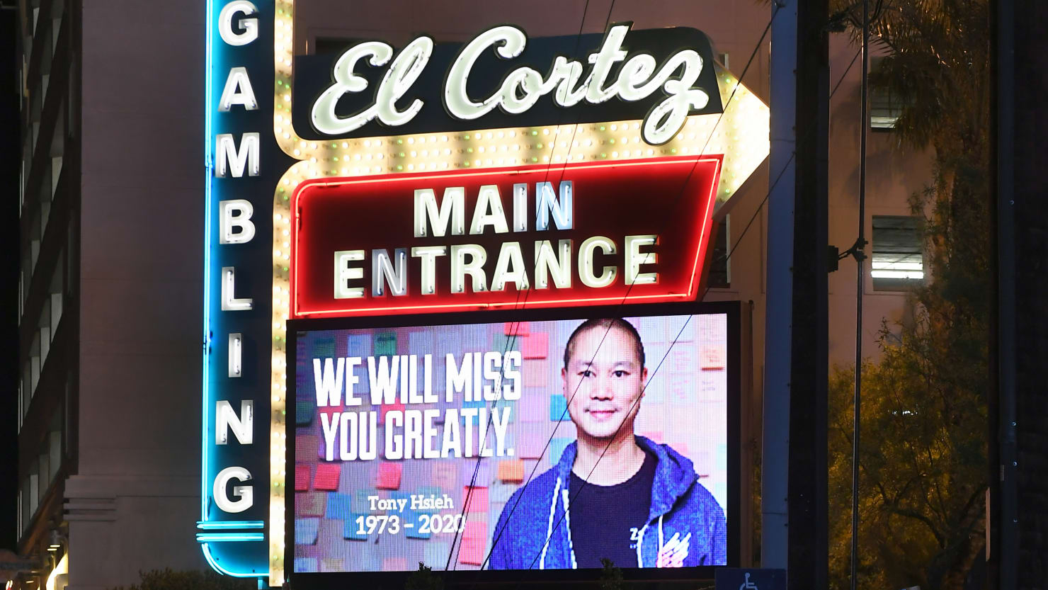 Former Zappos CEO Tony Hsieh Died From Smoke Inhalation, Coroner Says