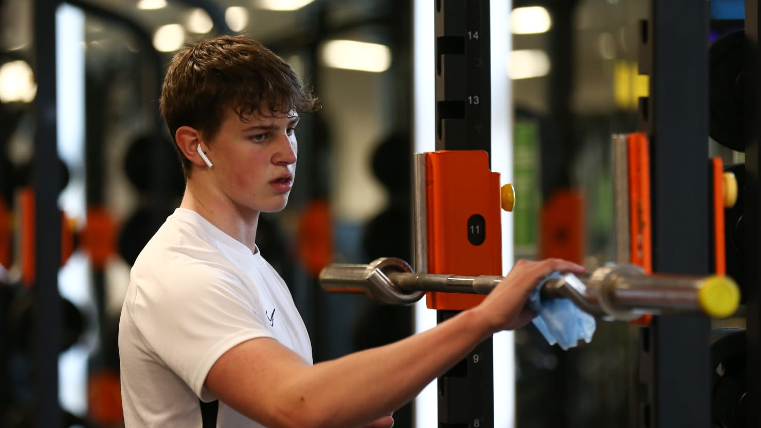 Gym that challenged blockade linked to at least 419 infections and one death