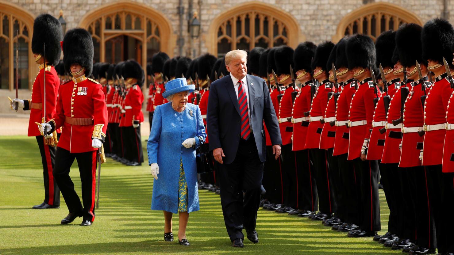 Trump Will Visit Queen Elizabeth in June, Buckingham Palace Announces