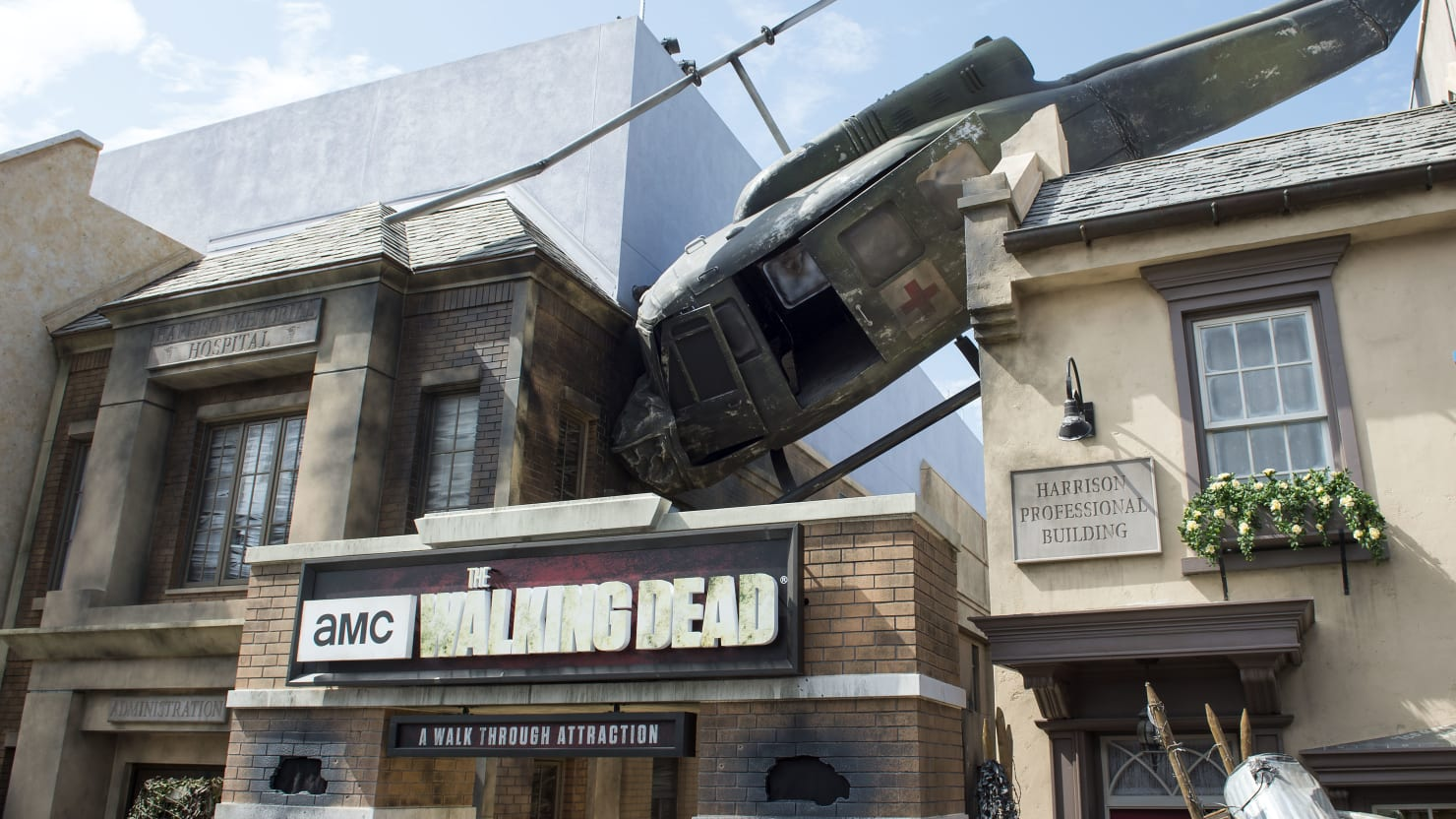 Universal Studios' 'Walking Dead' Actors Were Attacked and Groped by Park Visitors: Lawsuit