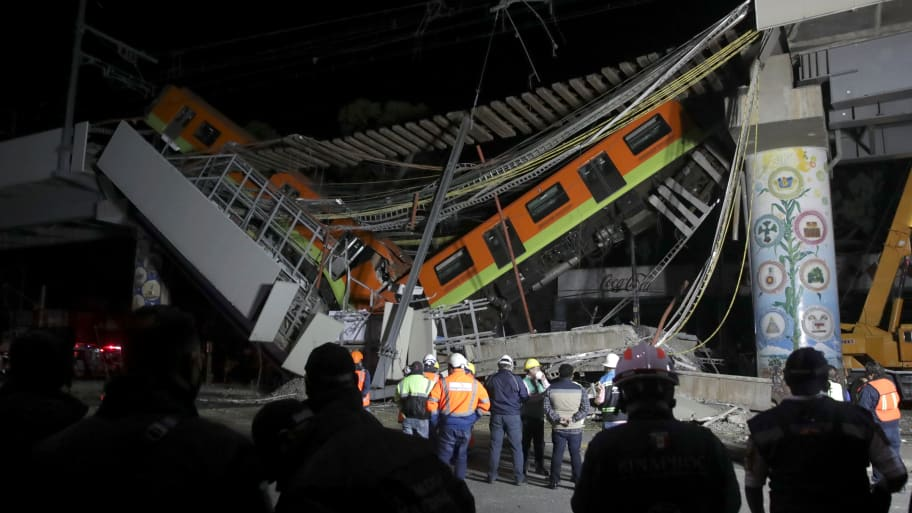 Over 20 People Killed, 70 Injured as Mexico City Subway Overpass Collapses, Sending Train Plunging Onto Traffic Below