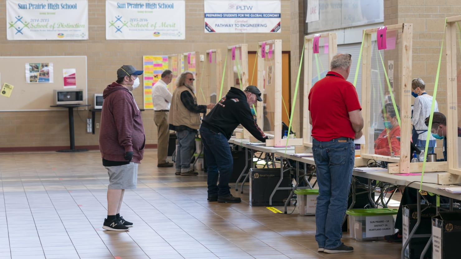 Wisconsin Health Department to Determine if In-Person Primary Voting Resulted in New COVID-19 Cases
