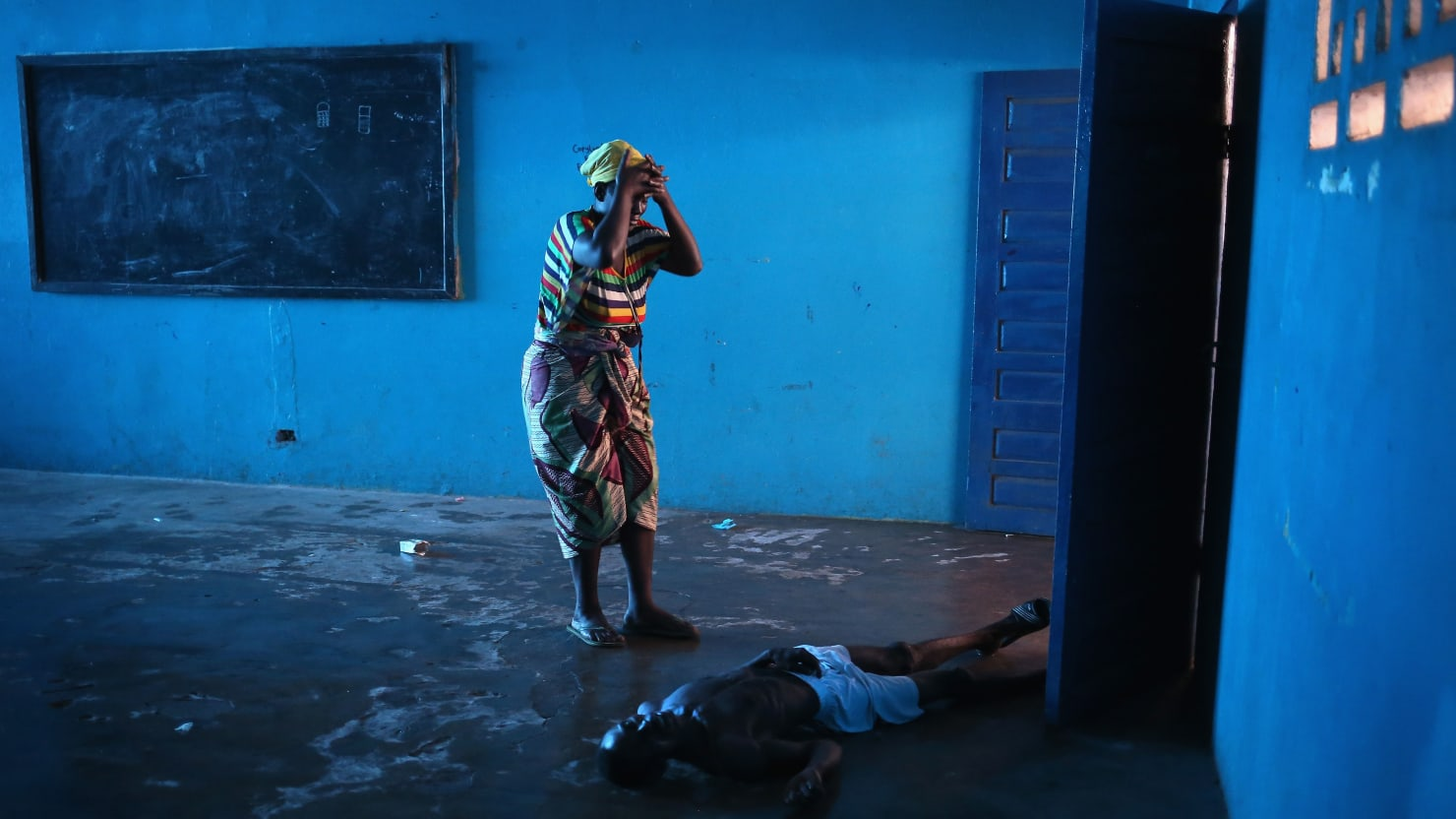 The Photojournalist Who Stared Down Ebola