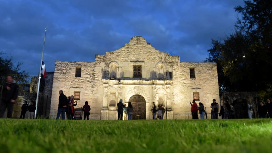 Native Americans File Legal Notice to Declare Alamo Grounds in San Antonio, Texas as a Cemetery