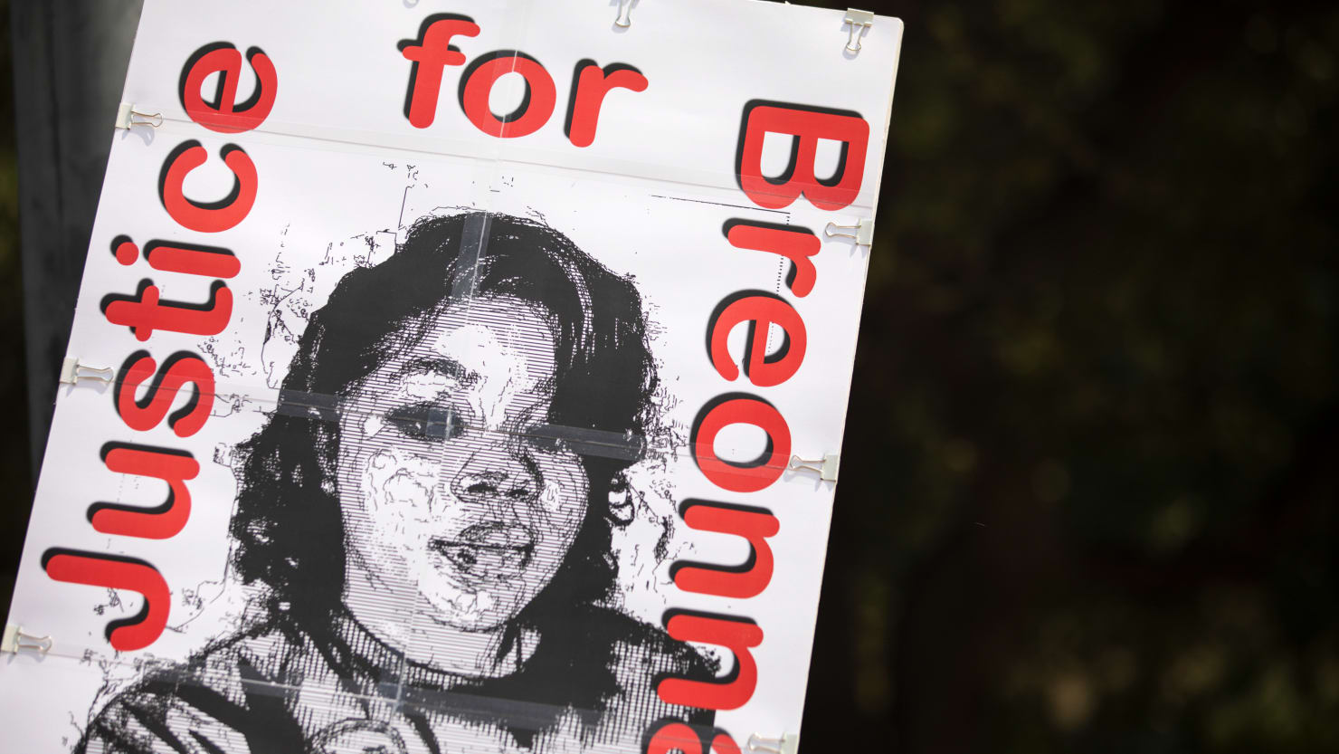 Breonna Taylor Grand Juror: Cop's Actions Were 'Criminal,' Filled With 'Deception'