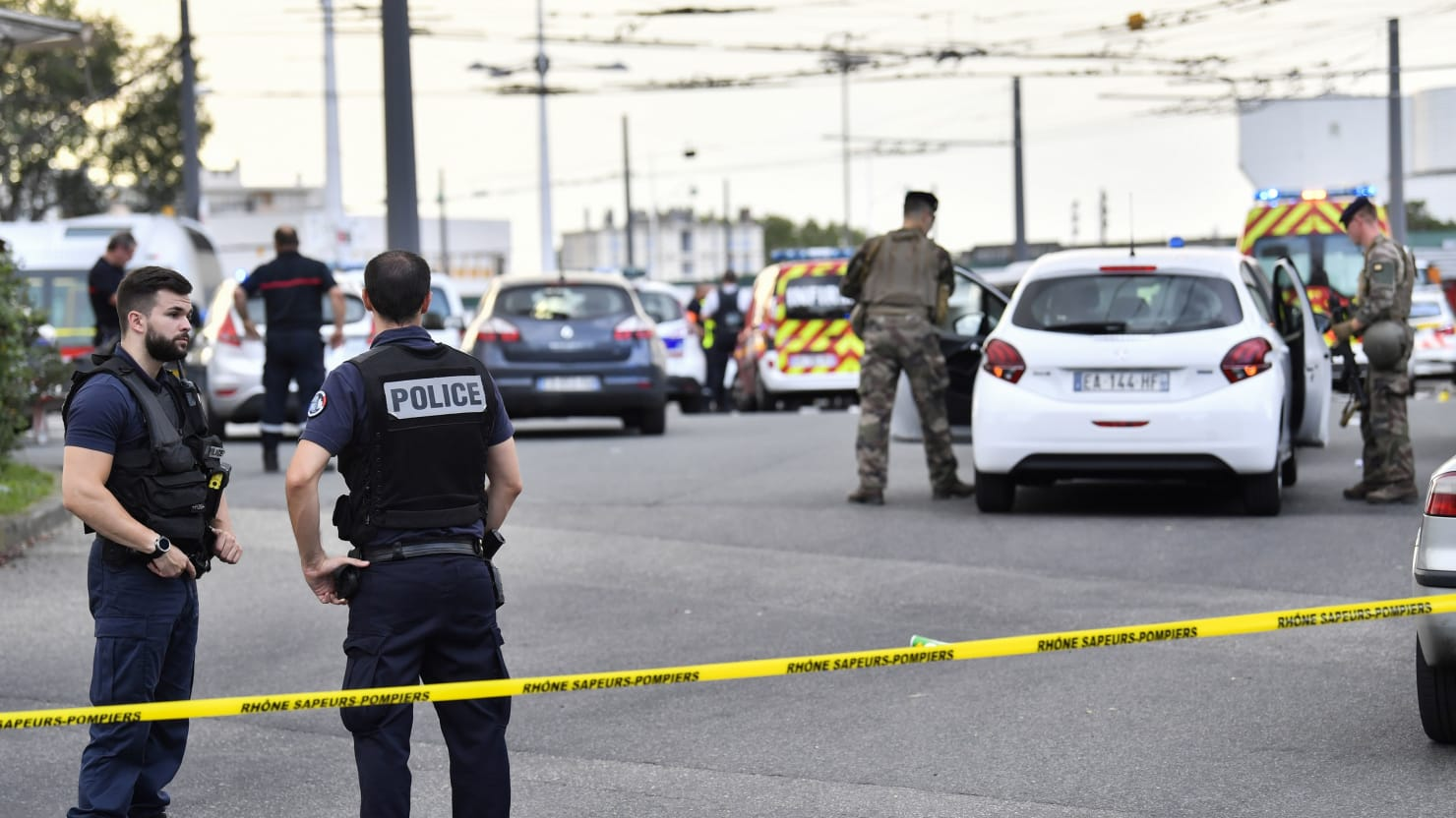 Mass Attack With BBQ Tool in Lyon, France Leaves One Dead, Multiple Wounded