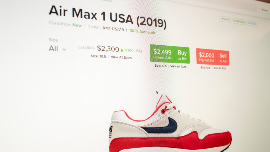 Arizona Withdraws Funding for Nike Over Pulled 'Betsy Ross