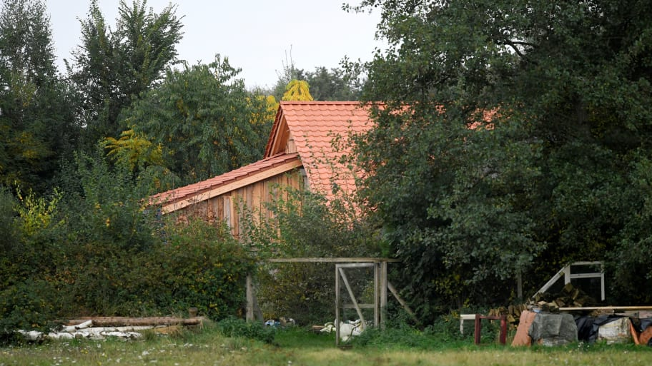 Dutch Family Lived in Farmhouse Basement for Nine Years 'Waiting for the End of Time': Report