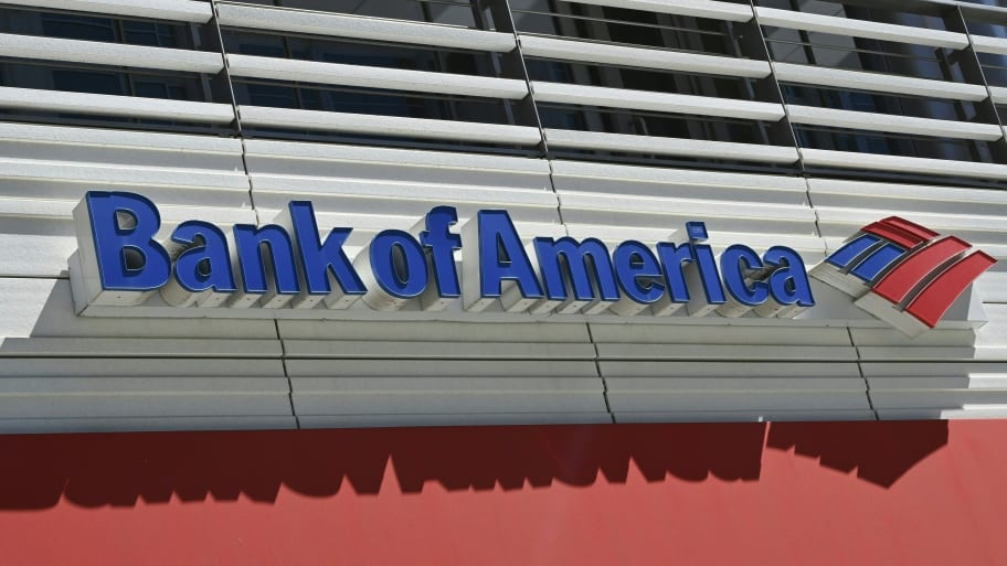 Bank of America Cuts Ties with Private Prison, Detention Industry