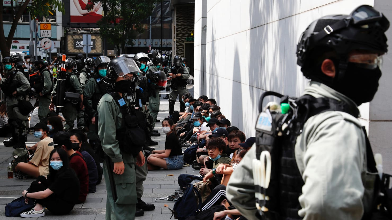Pepper Pellets Fired at Hong Kongers Protesting New Bill Banning Mockery of Chinese National Anthem