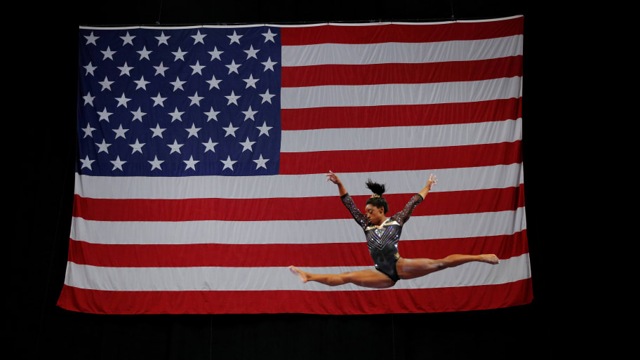 Simone Biles Falls, Still Qualifies for 5th Gymnastics World Championships