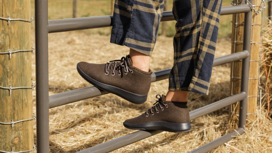 Allbirds Adds New Fall Colors to Their Best-Selling Mizzle and Tree Breezer Lines