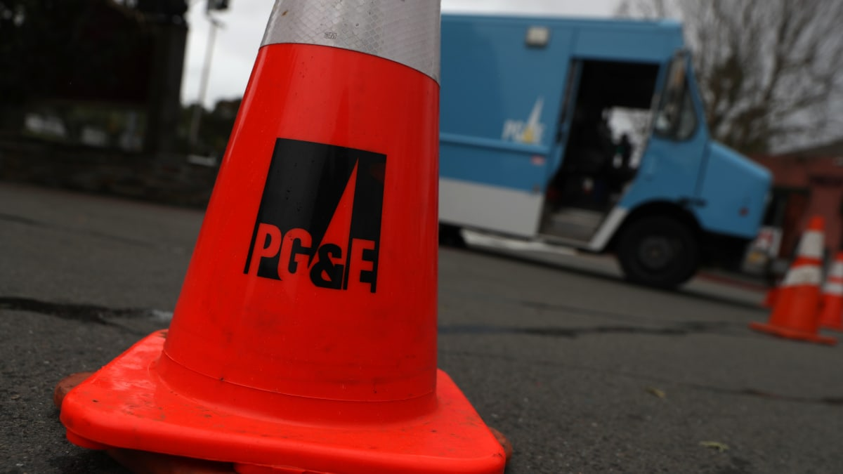 PG&E Says 800,000 Customers Could Lose Power Wednesday as CEO Says It Wasn't Fully Ready for Earlier Outages