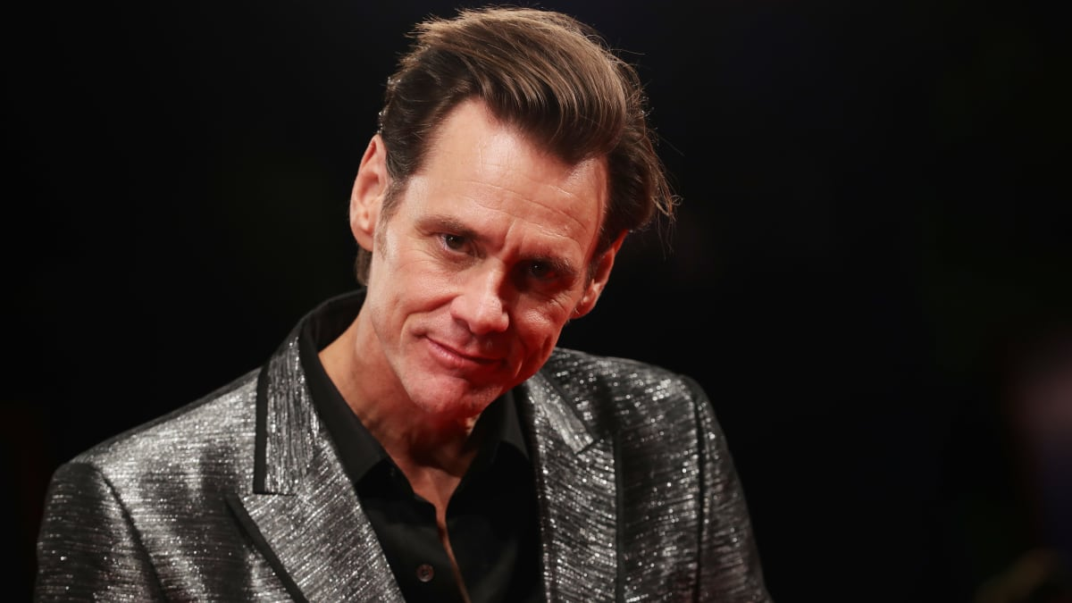 Jim Carrey's Political Cartoons Skewering the Trump Administration and 'Soulless' GOP
