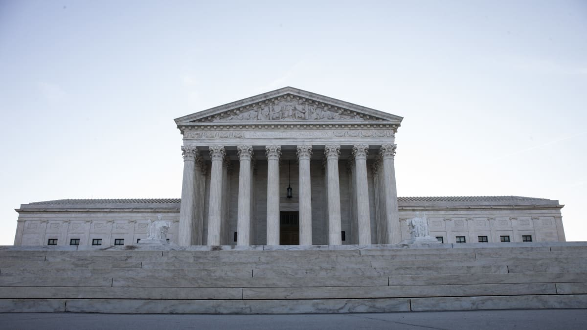 Supreme Court Allows Trump Administration to Implement 'Public Charge' Immigration Rules