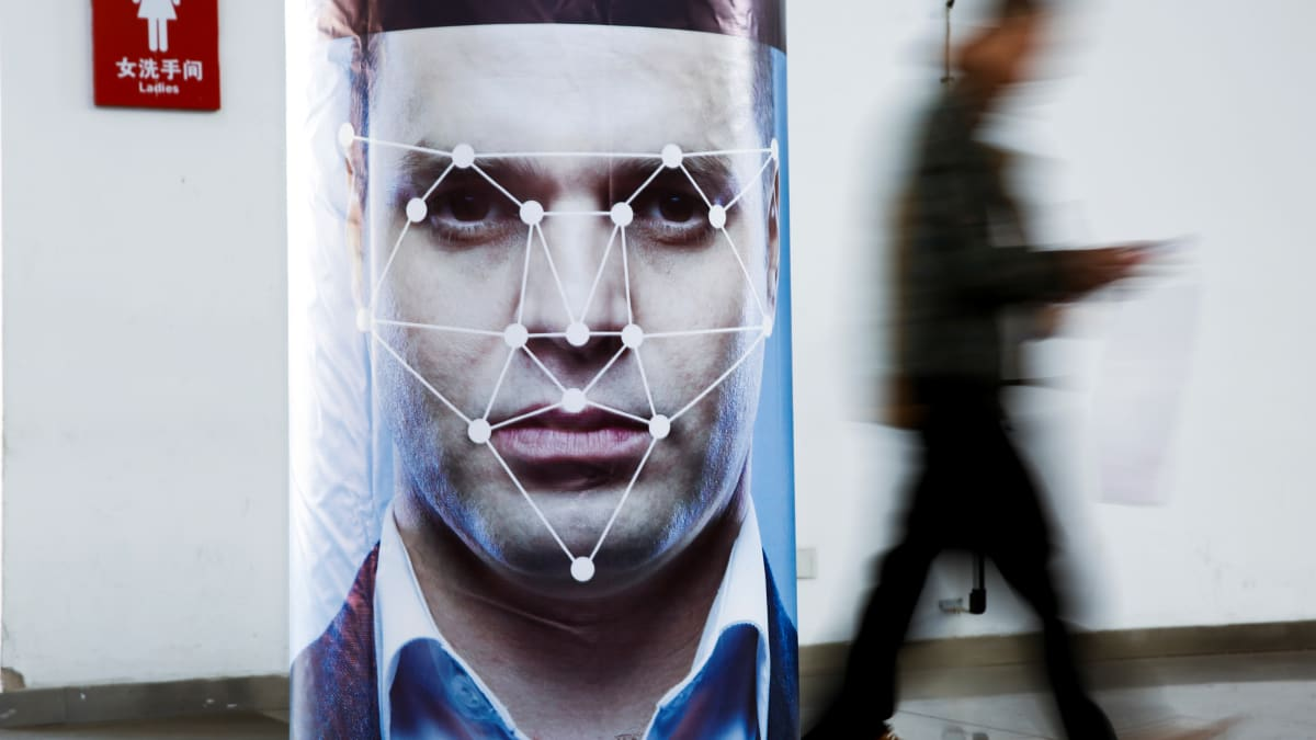 NJ Bans Cops From Using Clearview AI, Facial-Recognition App That Scrapes Social Media