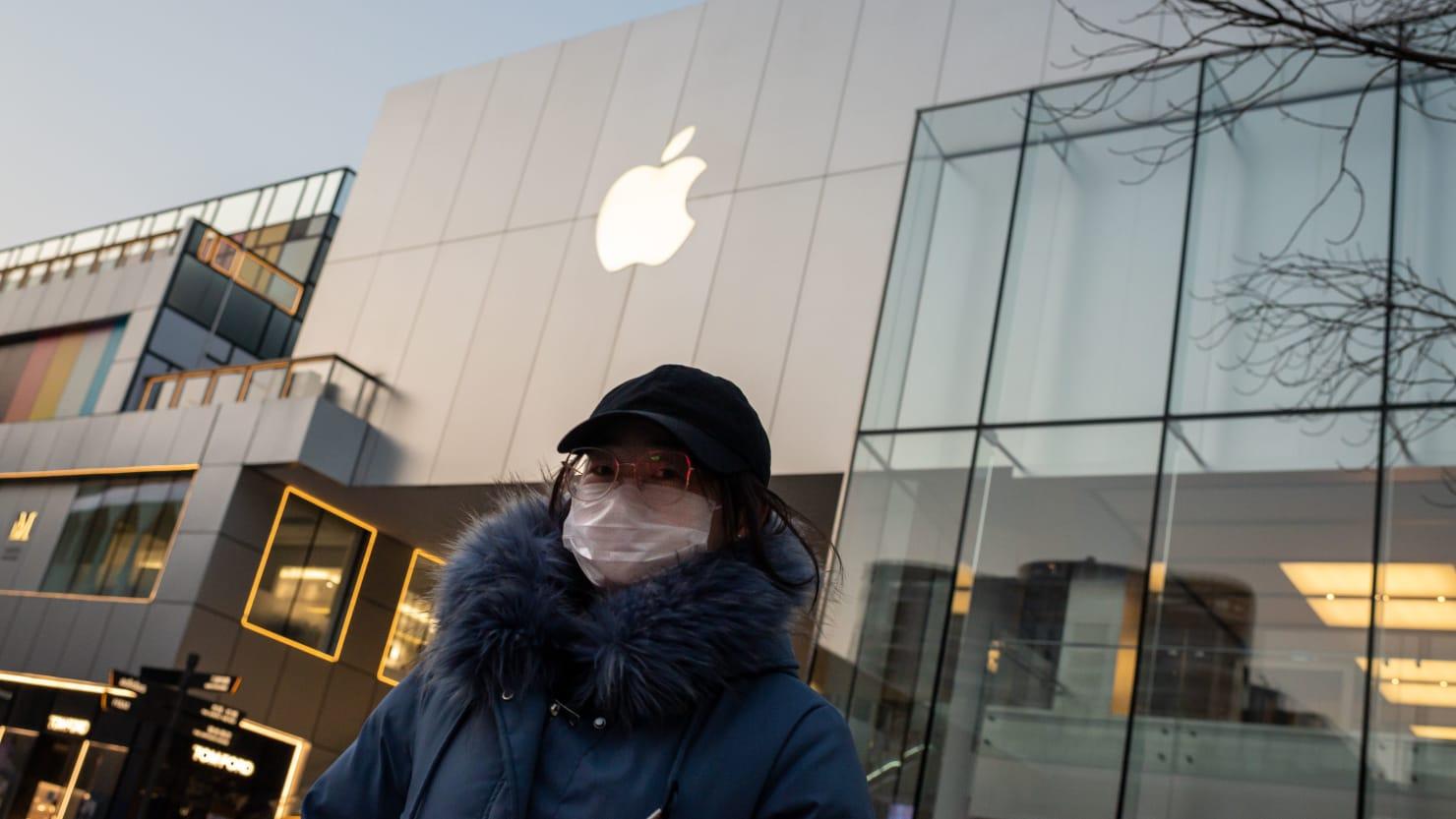Coronavirus Forces Apple to Miss Revenue Forecast
