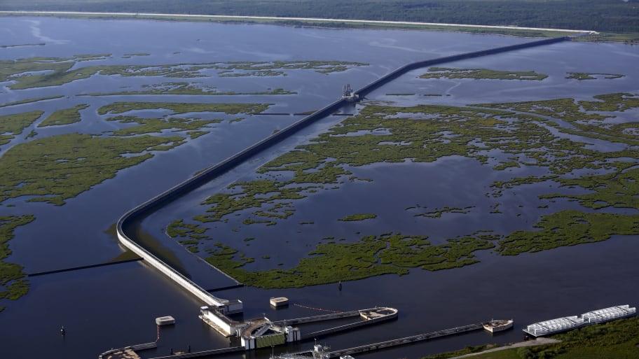 New Orleans Flooded as Residents Brace for Monster Storm
