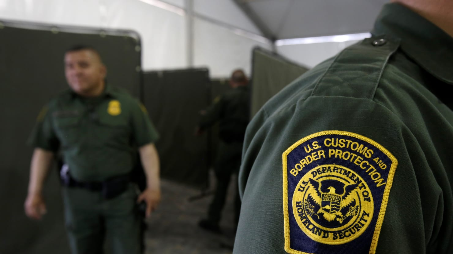 Migrant Kids Moved From Texas Border Facility After Reports of Poor Conditions