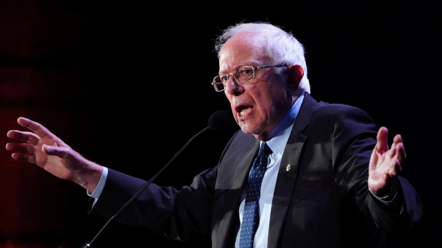 Bernie: I'll Cancel Entire $1.6 Trillion Student Loan Debt