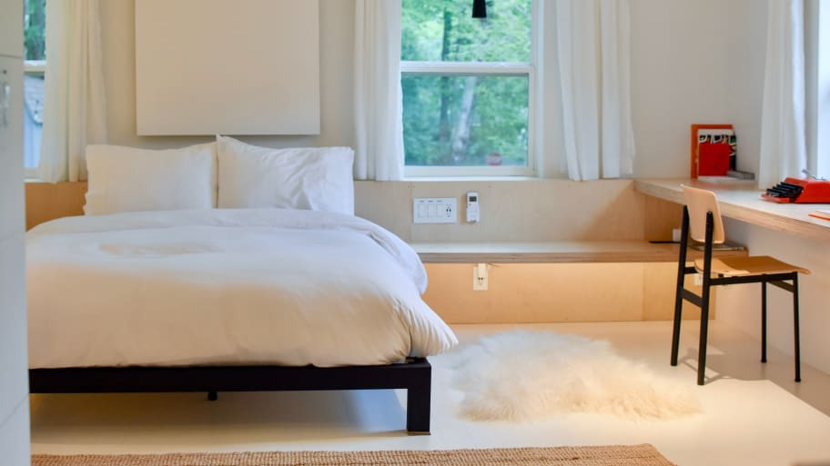 The Best Columbus Day Mattress and Bedding Sales