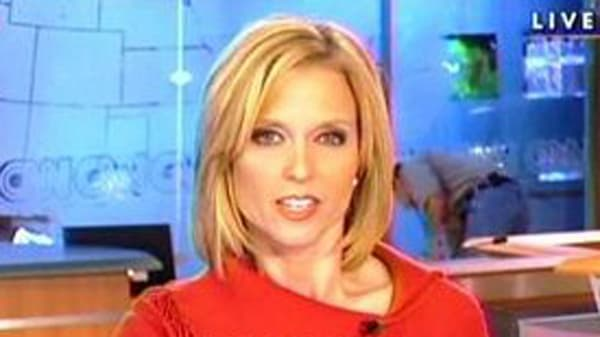 Sexy News Anchors Are Distracting