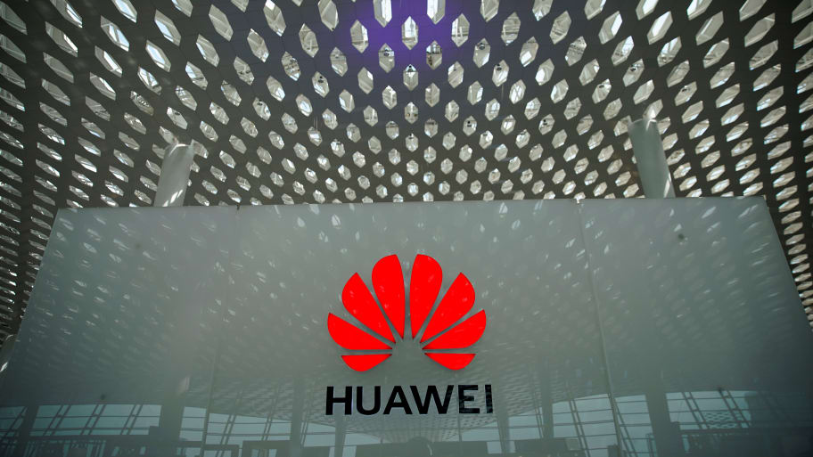 Several U.S. Companies Found a Way to Bypass President Trump's Huawei Ban: Report