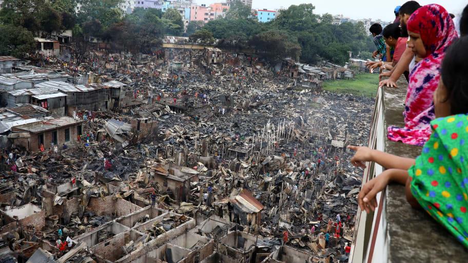 10,000 People Left Homeless After Fire Guts Dhaka, Bangladesh, Shantytown