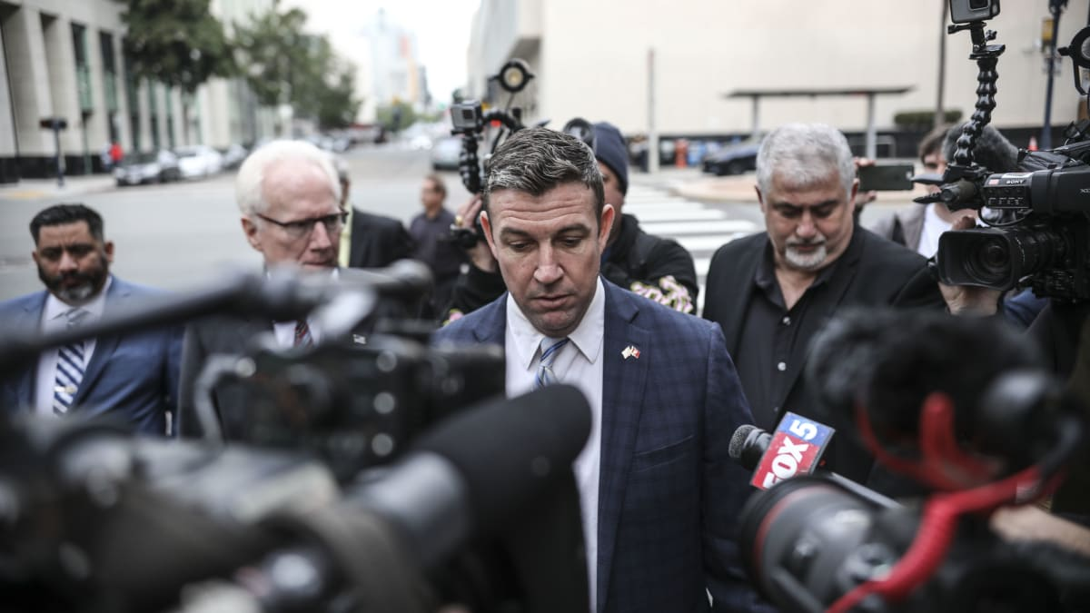 Rep. Duncan Hunter to Resign From Congress