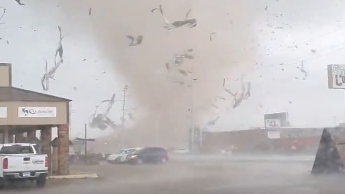 Violent Tornado Rips Through Arkansas Town, Injuries Reported