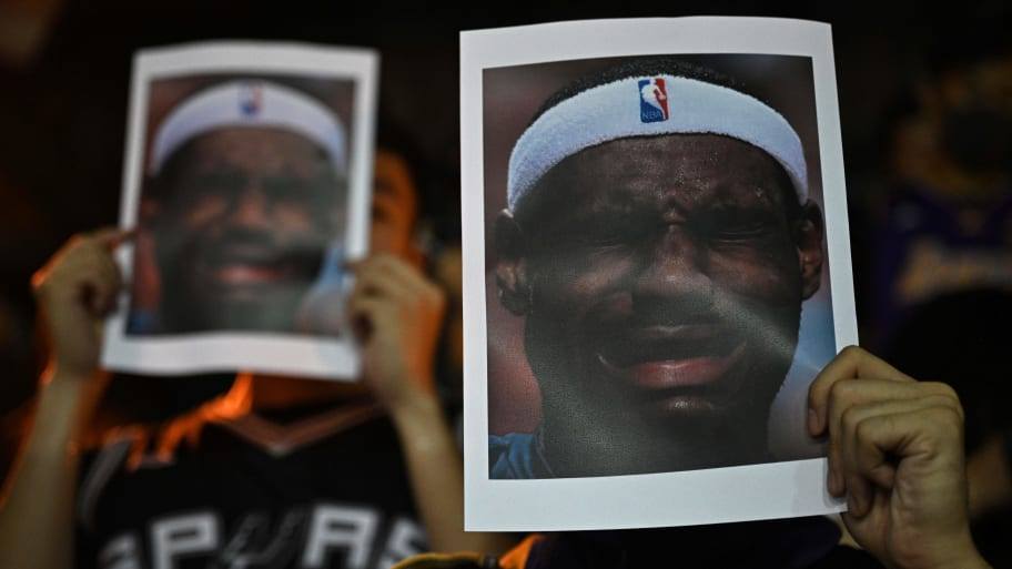Hong Kong Protesters Burn LeBron James Jerseys After Controversial Tweets