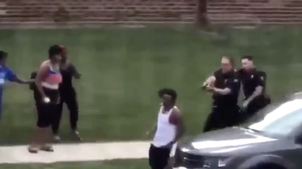 Wisconsin Cops Shoot Black Man in the Back as He's Getting Into Car With Kids