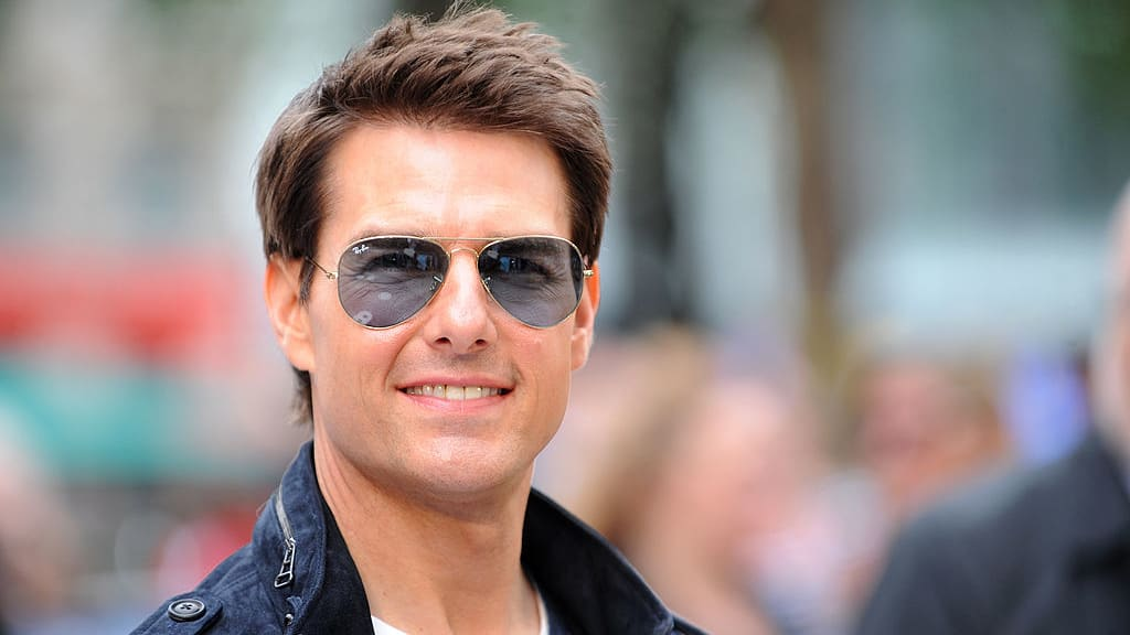 Justin Bieber Challenges Tom Cruise To a Fight Which The Internet Thinks He Would Lose