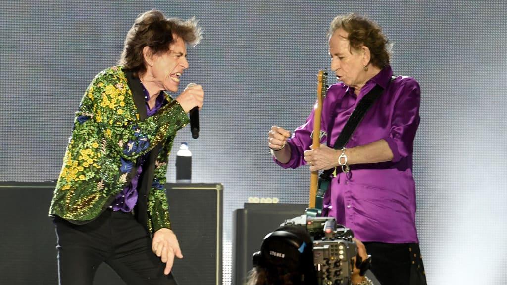 Keith Richards Gets Smokeless Ashtray To Avoid Annoying Mick