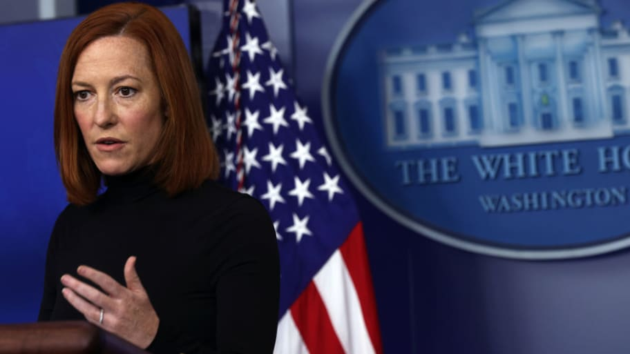 Prankster Posing as White House Reporter Duped Press Corps Into Relaying  Questions to Press Sec