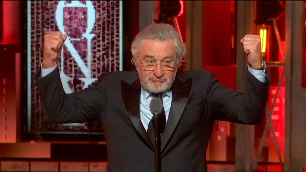 Robert De Niro Shouts 'F*ck Trump' Twice at Tony Awards ...