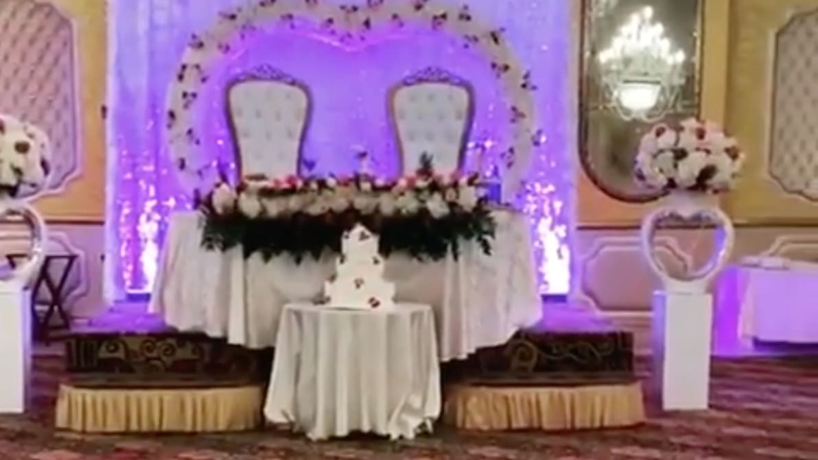 New York Sheriff Breaks Up Huge Wedding at Royal Elite ...