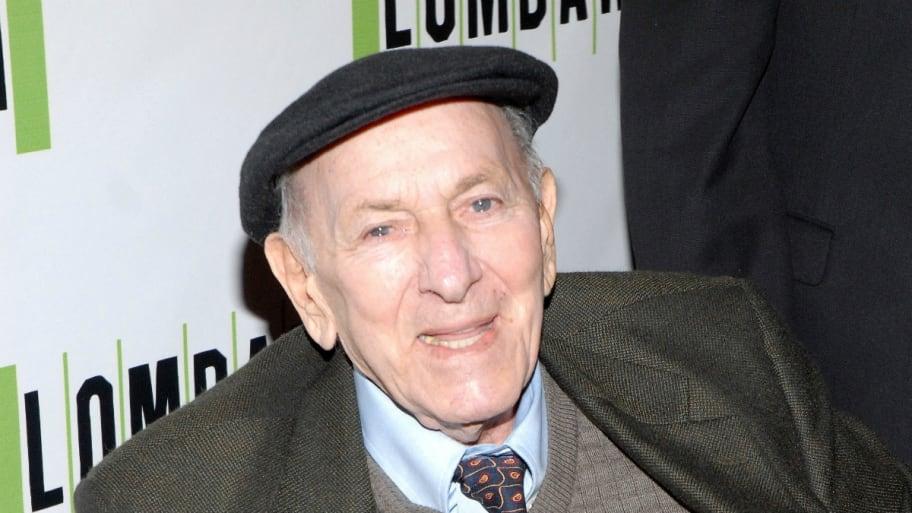Actor Jack Klugman Dies