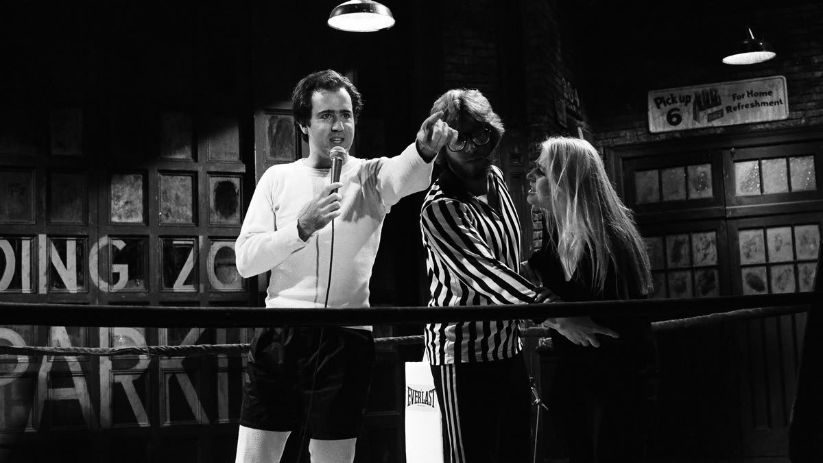 'I'm Not Choking Her!': Andy Kaufman and the Unlikely, Controversial Rise of Intergender Wrestling